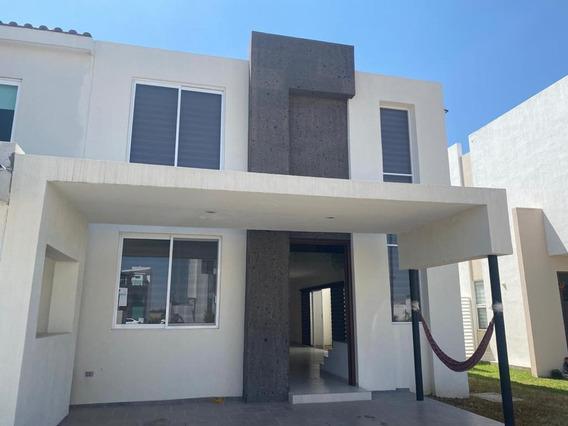 Renta Casa Las Plazas Residencial Con Recamara En Plata Baja
