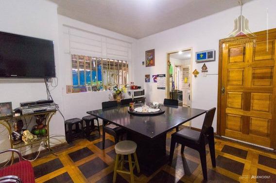 Apartamento De Dois Dormitórios Na Avenida João Pessoa, Ótima Localização - Ap3843