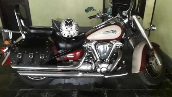 Yamaha Road Star 1600 Custom