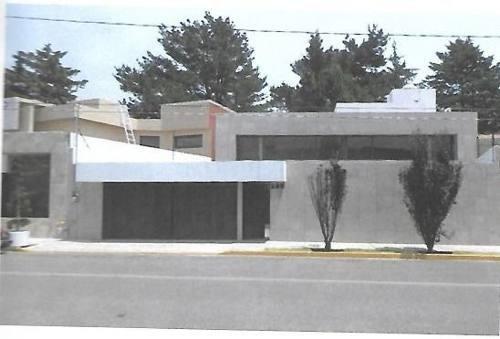 (crm-3608-176) Casa En Venta En Club De Golf San Carlos Metepec