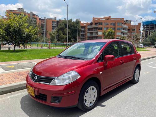 Nissan Tiida Visia Hb Impecable!!