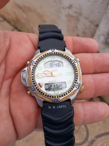 Relógio Citzen Aqualand C500 Série Ouro Fundo Branco