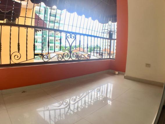 Apartamento En Alma Rosa Primera