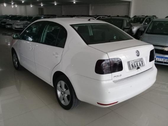 Volkswagen Polo Sedan 1.6 Comfortline Flex
