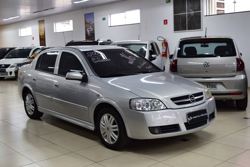 Chevrolet Astra 2.0 Mpfi Cd Sedan 8v Gasolina 4p Manual