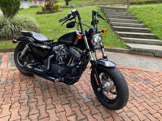 Harley Davidson - Sportster 48 - 1200cc - Black Edition