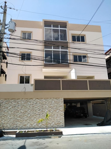 Vendo Apto Tipo Penthouse 2 Hab/ 201 Mt2 En Miramar, D.n.