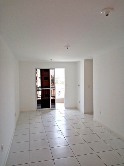 Apartamento 2 Quartos, Próximo Avenida Bernardo Manuel
