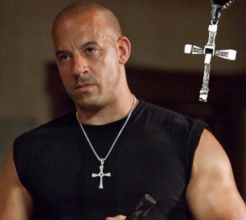 Colar Masculino De Cruz Crussifixo Dominic Toretto Velozes E Furiosos Vin Diesel