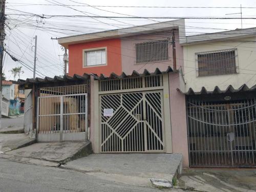 952-  Casa Com 2 Dorm., 2 Banheiros, 1 Edícula, 1 Vaga.