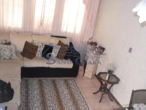 Imagem 1 de 15 de Sobrado. Revenda. Imóvel Com 3 Dormitórios, Sendo 1 Suíte, Banheiro Social, Sala Para 2 Ambientes, L - Sc3918