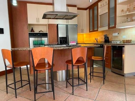 Apartamento En Venta 20-10311