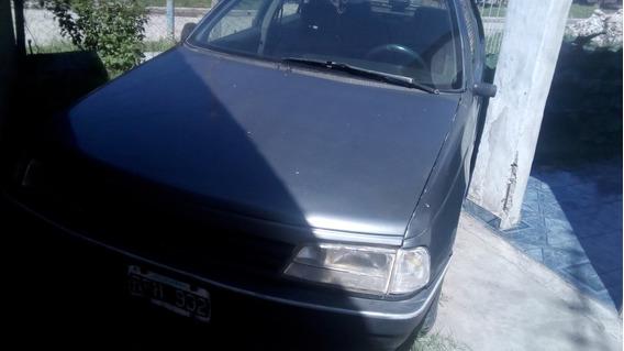 Peugeot 405 Motor 2000, Naftero