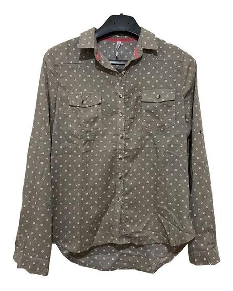 Camisa Entallada Gris Verdosa Con Florcitas O P R Collection