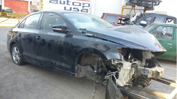 Jetta 2012 Mk6 Accidentado