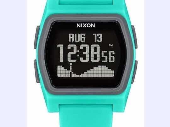 2 Relógios. Nixon Rival E adidas Digital