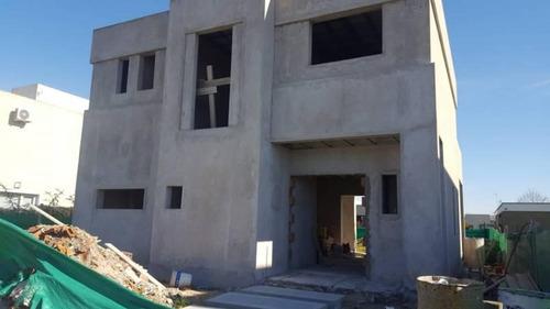 Venta - Casa Sobre Lote Central En San Alfonso - Bayugar Negocios Inmobiliarios