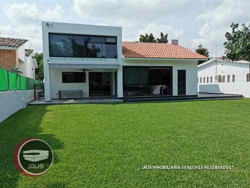 Increíble Casa En Venta En Lomas De Cocoyoc A Campo De Golf