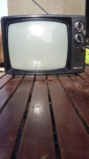 Televisor Retro Antiguo Pequeño Silver Crown