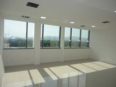 Dimension Office - 2 Salas Unificadas, 49 M2, 2 Vagas,5o And