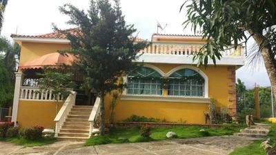 Casa De 4 Habitaciones Y 4 Baños