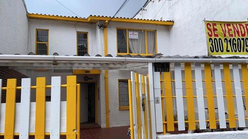Casa En Castilla En Vía Principal