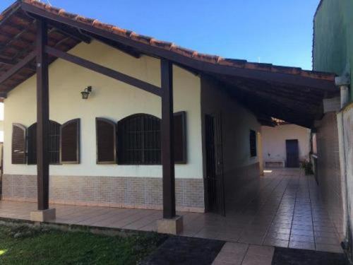 Imagem 1 de 14 de Vendo Casa Lado Praia E Com Edícula Em Itanhaém - 5660 | Npc