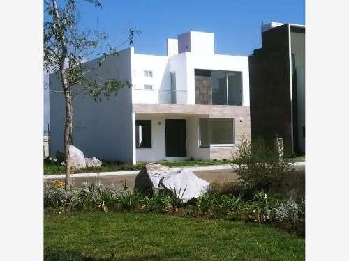 Casa Sola En Venta Valle Manantial Residencial