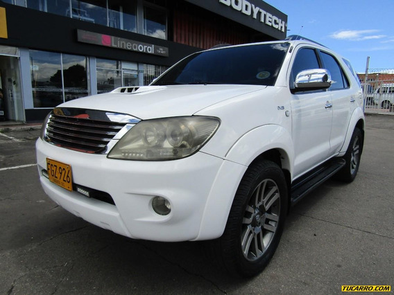 Toyota Fortuner Srv 4x4 Turbo Diesel At 3000 Full Equipo