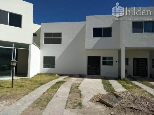 Casa Sola En Venta Fracc. San Fernanda Residencial