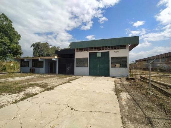 Venta De Galpon Industrial En Flor Amarillo - Lerry Paez