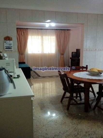 Casa Na Água Rasa Com 2 Dorms Sendo 1 Suíte, 2 Vagas, 160m² - Ca0023