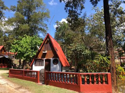 Casa Estilo Chalé Suiço No Lago, Mobiliada, 60 Km De Sp.