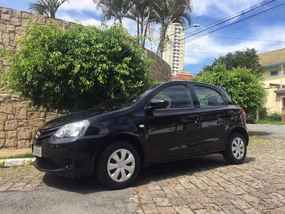 Toyota Etios 1.3 16v X 5p 2015