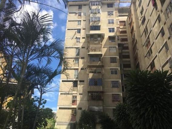 Apartamento En Venta - San Martin - 20-9208