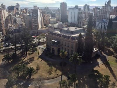 Semipiso De 2 Dormitorios En Nueva Córdoba. Palacio Ferreyra
