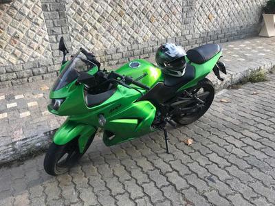 Kawasaki Ninja 250r + Capacete + Jaqueta + Luvas