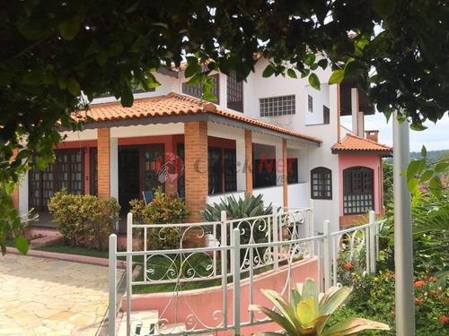 Linda Chácara Localizada No Condomínio Recanto Dos Pássaros, Jacareí - Sp Com 5 Dormitórios, Sendo 3 Suítes, 4.000 M2 De Terreno. - 5518