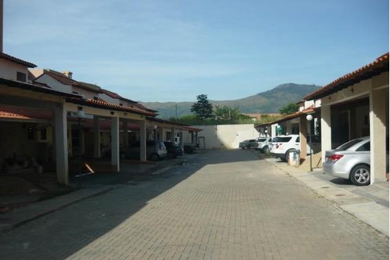 Townhouse En Venta El Tazajal Gem 19-1453