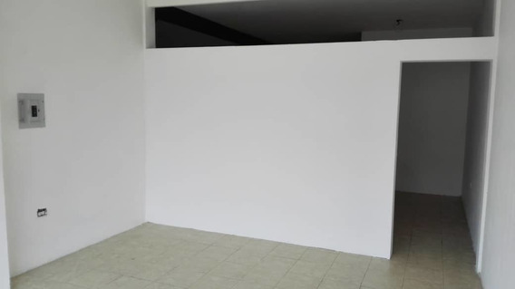 Arias Bienes Raices, C.a.,alquila Local Comercial