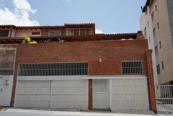 Rc Casa En Venta En Cumbres De Curumo Rah 20-14173