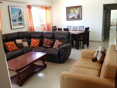 Apartamento 3habs. 2.5baos, 2pq, 3er Nivel, Alma Rosa I