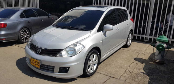 Nissan Tiida Hb - Version Premium- Automatico
