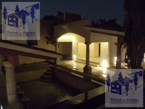 Venta De Casa Sola De Un Nivel En Vista Hermosa Cuernavaca