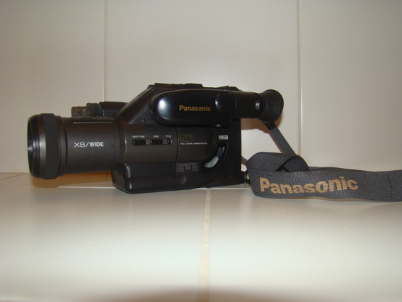 Filmadora Panasonic G220 Vhs-c Movie Camera Nv-g220 + Estojo