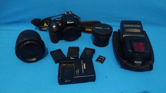 Câmera Nikon D5200 + Flash + Baterias
