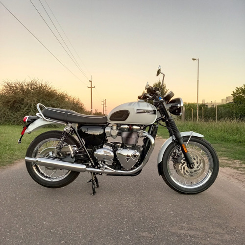 Triumph  Bonneville T120 Diamond