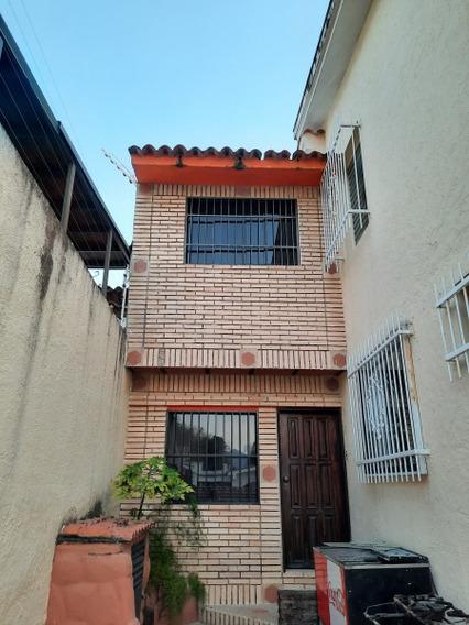 Alquiler De Anexo Duplex De 110 M2 En El Trigal Norte -