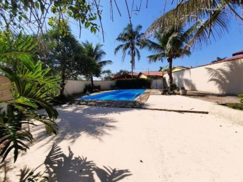 Imagem 1 de 14 de Casa Com Piscina E 3 Dormitórios Em Itanhaém/sp 6984-pc