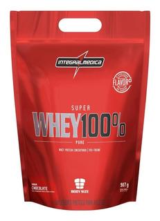 Super Whey 100% Pure Integral Médica 907gr + Coquiteleira
